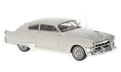Neo_Cadillac_Serie_62_Club_Coupe_Gris_Clair_-_1949